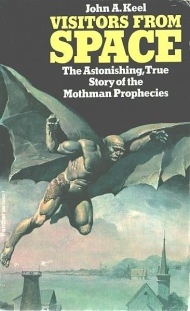 "Capa de ""Visitors From Space"", edição britânica de 1976 de ""The Mothman Prophecies"""