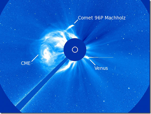 Imagem feita pla sonda mostrando cometa (Foto via G1)