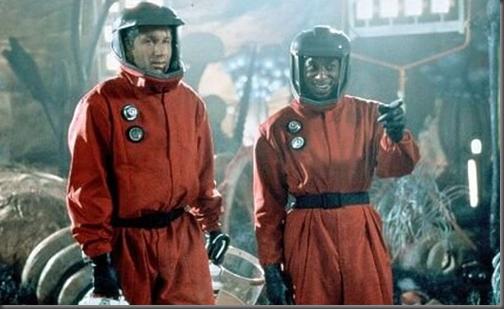 """David Duchovny e Orlando Jones em cena de """"Evolução"""" (Foto: reprodução)"""