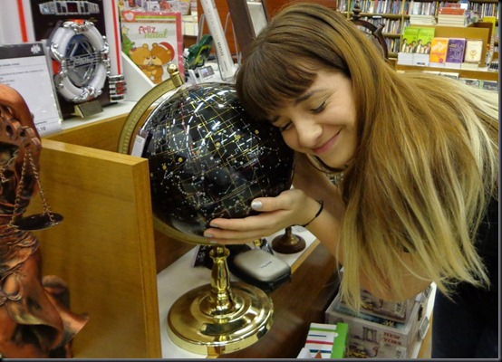 Camila é apaixonada por astronomia desde criança