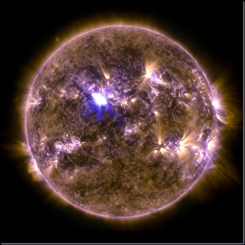 Imagem feita pelo SDO mostra o flare de 11/04/2013 que criou a CME (Foto: NASA/SDO)