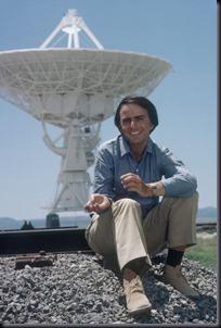 Sagan em uma rede de radiotelescópios (Foto: divulgação)