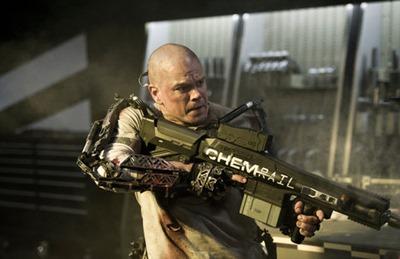 Matt Damon em cena de Elysium