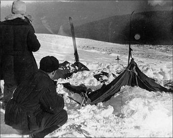 A barraca do grupo; fotografia feita em 26/02/1959