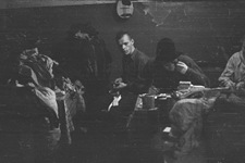 Dyatlov e colegas antes de partirem em sua última viagem