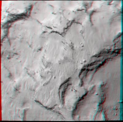 Imagem 3D do local de pouso J (use óculos 3D se tiver). As duas imagens usada para compor esta foram feitas me 26 de agosto pelo instrumento OSIRIS, da Rosetta, a 48 km e têm a escala de 96 cm por pixel. (Crédito: ESA/Rosetta/MPS for OSIRIS Team MPS/UPD/LAM/IAA/SSO/INTA/UPM/DASP/IDA)